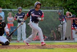 Richie Palacios Plays in Cape Cod Baseball League